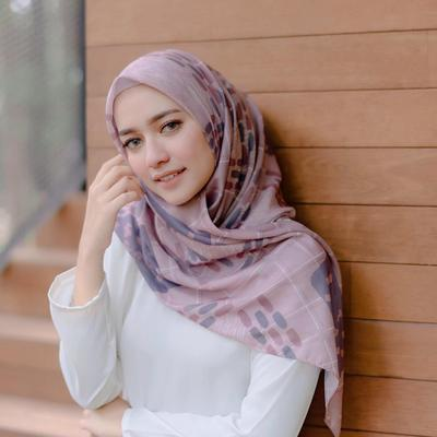 5 Rekomendasi Online Shop Hijab Buat Belanja Lebaran, Harga Terjangkau Tapi Berkualitas