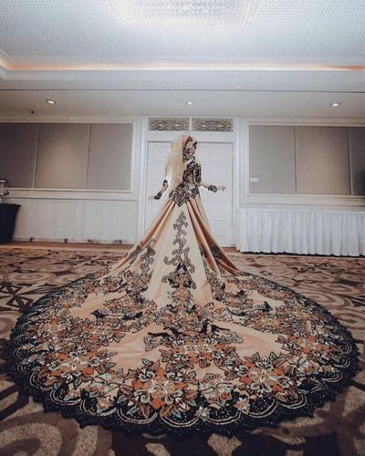 6 Gaun Pernikahan Rancangan Desainer Qonita Gholib Buatmu Bak Putri Kerajaan