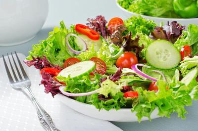 Penuh Nutrisi dan Segudang Manfaat, Ini 7 Sayur yang Bisa Dijadikan Salad