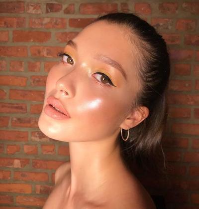 Serba-serbi Tren Kecantikan 2019 Buttery Skin, Nggak Kalah Mengkilap dari Glass Skin