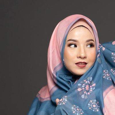 Mengintip Koleksi Motif Scarft Alur Cerita By Natasha Rizky, Pas untuk Koleksi Ramadhan 2019