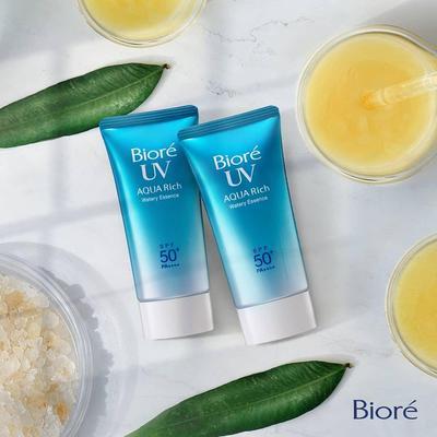 Agar Tetap Nyaman, Pastikan Sunscreen Kamu Punya 4 Kelebihan Ini!