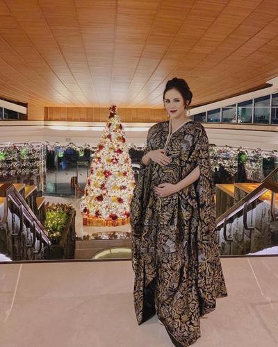 Gaun Batik