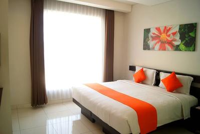 1.  V Hotel