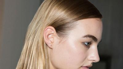Hair Gloss, Teknik Baru Dapatkan Warna Rambut yang Lebih Berkilau