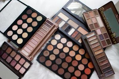 Anti Ribet! 7 Makeup Pallete Lokal Lengkap yang Pas Dibawa Traveling