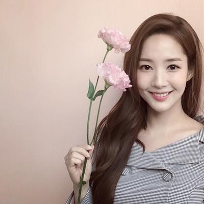 Tips Pakai Skincare Bertumpuk-tumpuk ala Wanita Korea, Mana yang Lebih Dulu Dipakai?