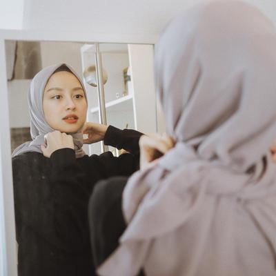 Tips Mencuci Hijab Agar Tidak Cepat Melar