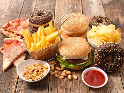 5 Jenis Makanan yang Wajib Dihindari Kalau Enggak Mau Dietmu Gagal