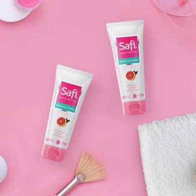 3. Safi White Natural Brightening Cleanser Grapefruit Extract