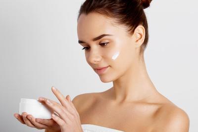 Atasi Jerawat Hingga Anti-Aging, Ini Manfaat Cream Temulawak yang Perlu Kamu Tahu
