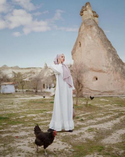 Inspirasi Baju Abaya untuk Tampil Syar'i di Hari Raya Idul Fitri