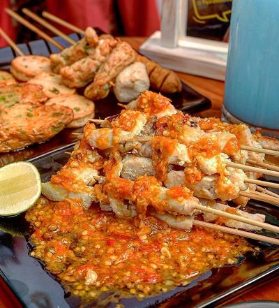 Tak Sempat Buka di Rumah? 6 Tempat Makan Murah Meriah Ini Bisa Jadi Rekomendasi
