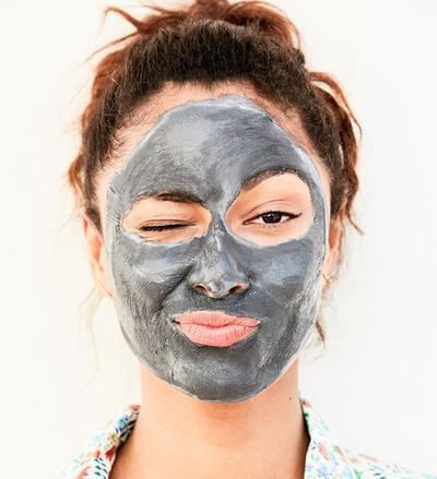 Panduan Pemula: Perbedaan Clay Mask, Mud Mask, dan Peel of Mask