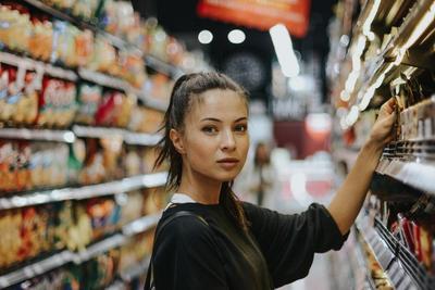 Selamatkan Dompet, Ini Tips Belanja Hemat di Supermarket