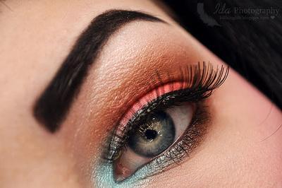 Tips Makeup Mata untuk Samarkan Mata Mengantuk dan Tidak Bergairah Saat Puasa