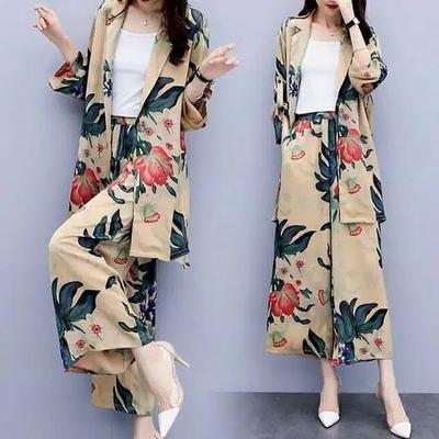 2.  Setelan Kulot Batik Modern
