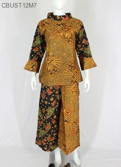 5.  Setelan Kulot Batik Lonceng