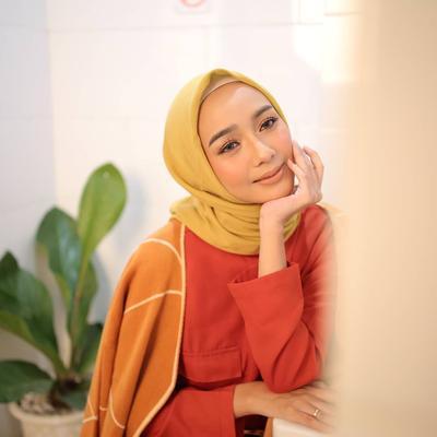 Cara Ampuh Hilangkan Belang di Wajah karena Pemakaian Hijab, Gak Ribet Kok!