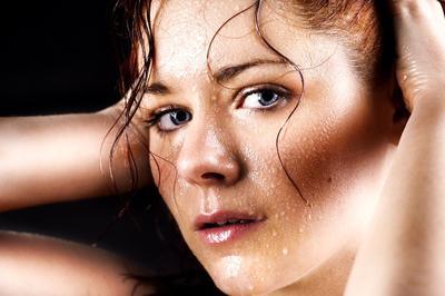 5 Bahan Alami yang Ampuh Atasi Keringat Berlebih dan Bau Badan