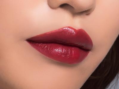 DIY: Cara Buat Lip Tint dengan Buah Naga, Gampang Banget!