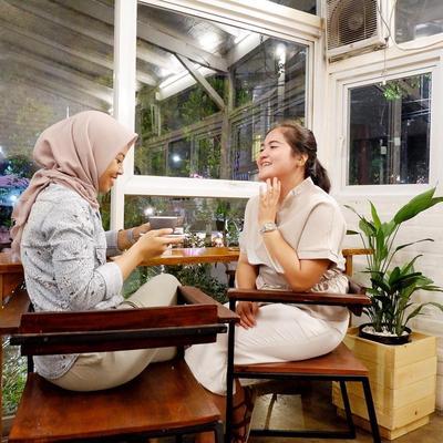 Pelepas Dahaga dan Sajian Menu Nikmat, Ini Deretan Kafe Terdekat Stasiun MRT Jakarta
