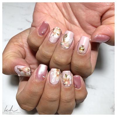5. Kiki Handoko Nail Bridal
