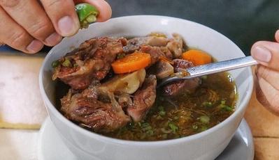Gurih dan Nikmat, 5 Tempat Makan Sop Buntut yang Cocok untuk Buka Puasa