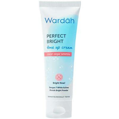 3.	Wardah Perfect Bright Tone Up Cream