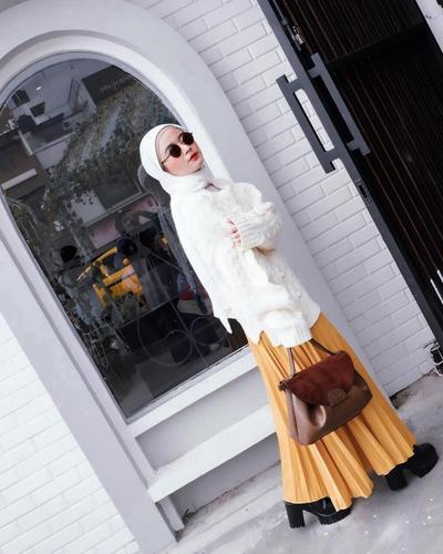 Si Kalem Putih-Kuning