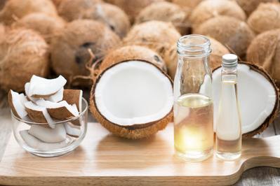 1. Minyak kelapa