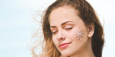 Perbedaan Physical dan Chemical Sunscreen, Mana yang Lebih Baik?