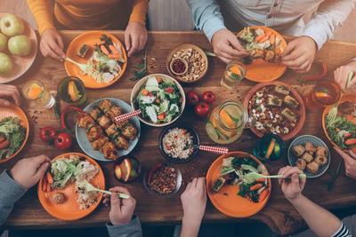 Makanan yang Wajib Dikonsumsi Saat Sahur Agar Badan Tidak Lemas