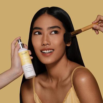 NEWS: Varian Baru Setting Spray Studio Tropik untuk Hasil Makeup Tahan Lama Si Kulit Berminyak