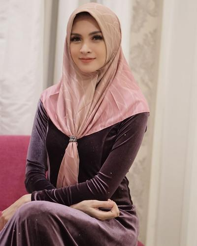 Hijab Ikan Bawal