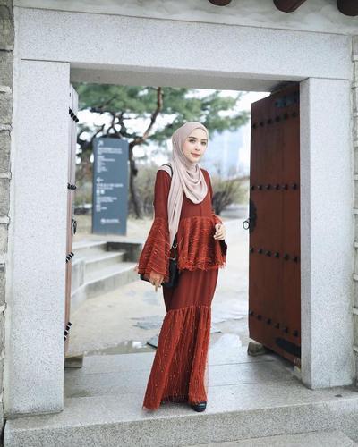 Inspirasi Hijab Cantik di Bulan Puasa, Lihat Gaya Influencer Hamidah Rachmayanti