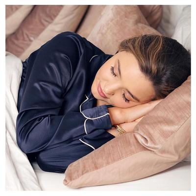 5. Tidur dan Bangun Lebih Awal