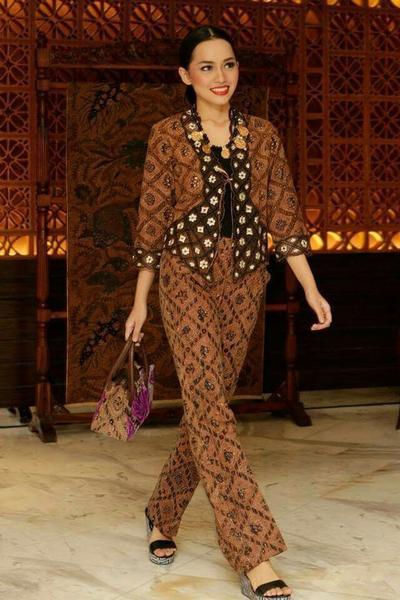 Suits Batik