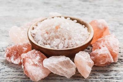Fungsi Garam yang Menakjubkan untuk Kulit Tampak Cerah dan Bebas Jerawat