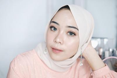 Tutorial Makeup: Tampil Cantik Natural dengan Makeup Wardah Saat Iftar ala Putri Melati