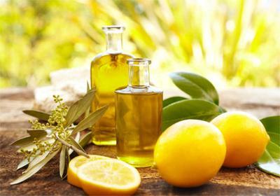 DIY: Cara Membuat Cleansing Oil dengan Lemon dan Minyak Zaitun