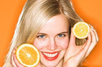 4.Makanlah Buah Jeruk/Jus Lemon Saat Sahur dan Berbuka Puasa