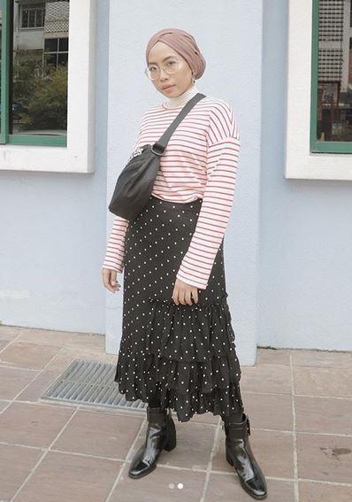 Stripes Sweatshirt & Polkadot Skirt