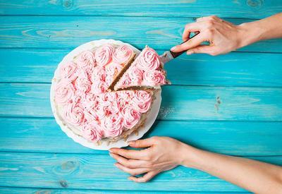Teknik Potongan Kue Ini Bisa Terlihat Lebih Foodgasm!