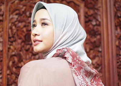 Rambut Hijabers Bebas Rontok dan Ketombe, Sebaiknya Pakai 5 Shampo Hijab Ini