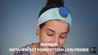1. Aplikasikan Wardah Instaperfect Profection Skin Premier