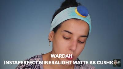 2. Aplikasikan Wardah Instaperfect Mineralight Matte BB Cushion