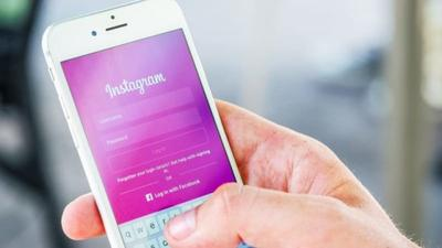 1. Nonaktifkan Media Sosial