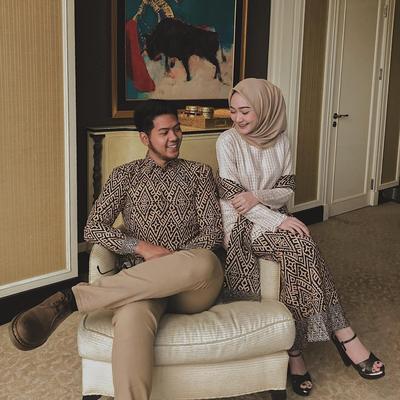 Kondangan in Style: Inspirasi Batik Couple untuk Hijabers