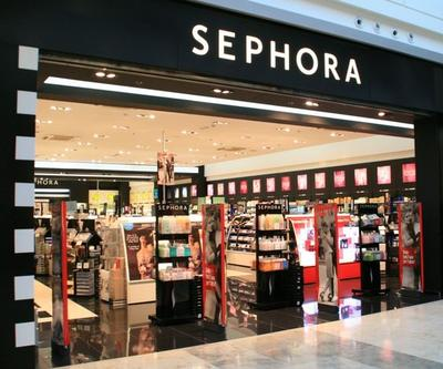 9 Highlighter Terbaru di Sephora yang Bikin Wajah Berkilau, Beauty Entusiast Wajib Punya!